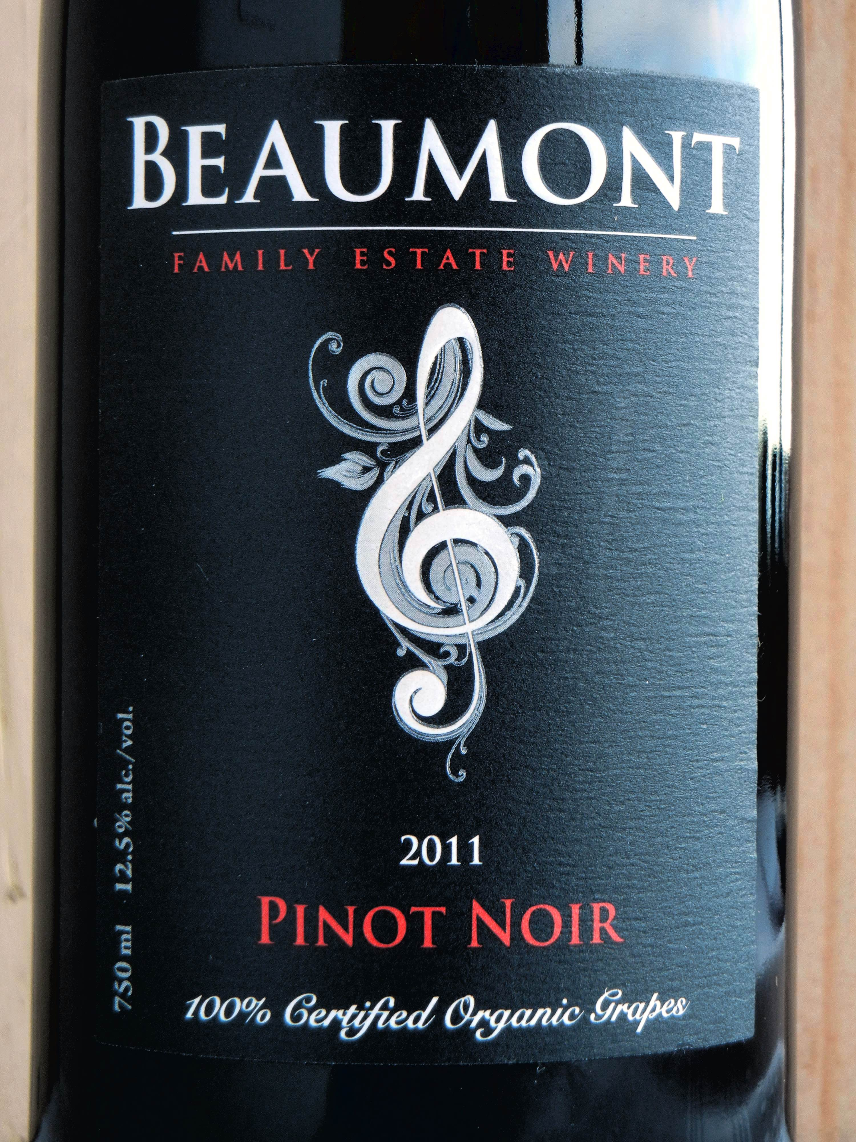Beaumont Pinot Noir 2011 Label - BC Pinot Noir Tasting Review 13